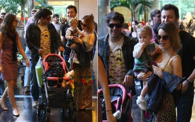 Sandy, Lucas Lima, Fernanda Rodrigues e Raoni Carneiro com a filha