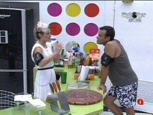Diana diz a Daniel que discussão com Adriana a deixou triste
