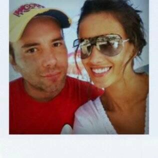 na praia com Matheus Mazzafera
