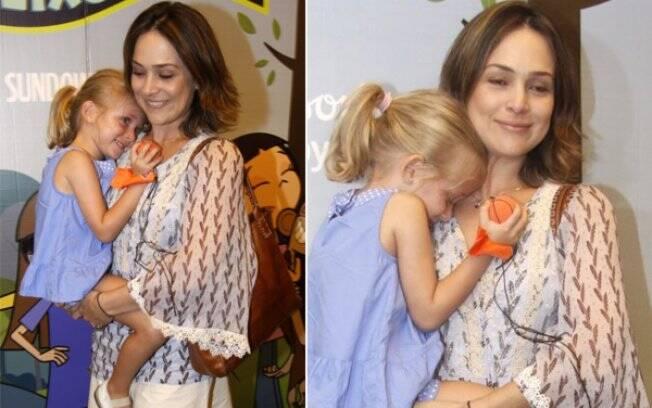 Gabriela Duarte com a filha Manuela