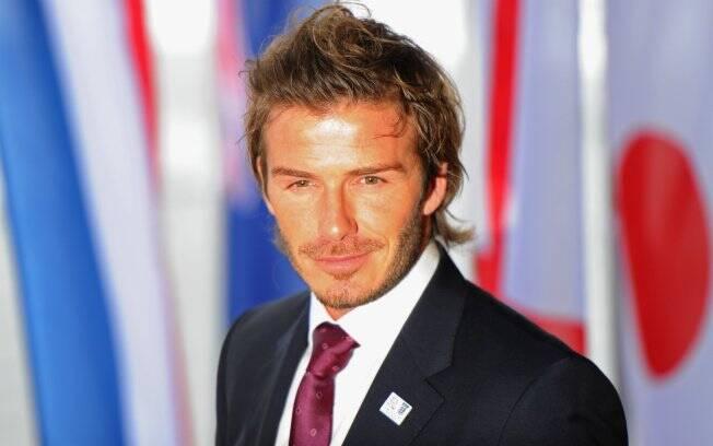 David Beckham colocou no eBay seu Porsche negro após dois anos de uso
