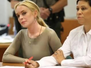 Lindsay Lohan durante audiência em Los Angeles