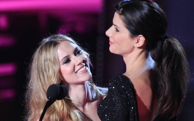 Sandra Bullock e Scarlett Johansson: amigas