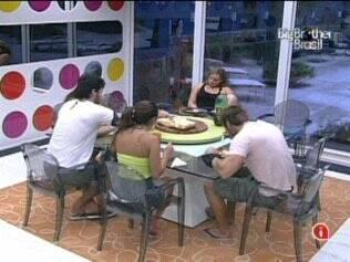 Brothers almoçam juntos na Casa Luxo