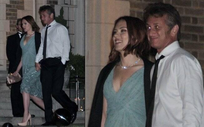 Sean Penn e Scarlett Johansson em uma das poucas vezes que foram fotografados juntos