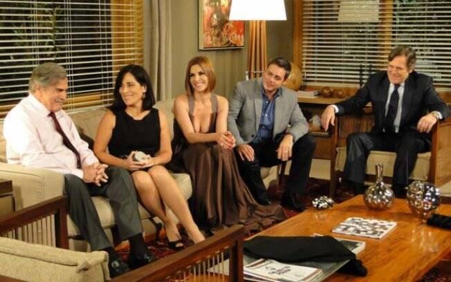 Milton apresenta Norma aos amigos