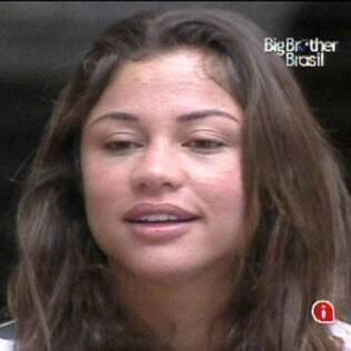 Em conversa com Talula, Maria comenta sobre atitudes de Michelly e Igor