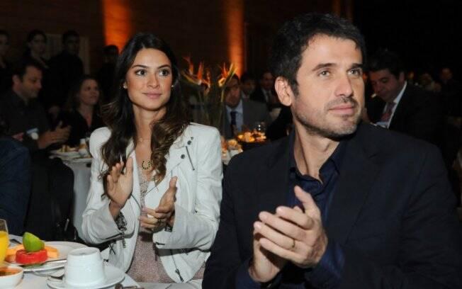 Thaila Ayala e Eriberto Leão durante o lançamento da temporada de inverno Campos do Jordão