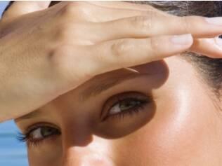 É preciso proteger os olhos dos raios nocivos do sol