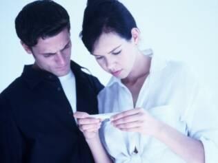 O método coito interrompido é inseguro para evitar uma gravidez e não protege contra DST