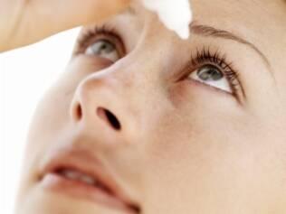 Colírio é recomendado contra Síndrome do Olho Seco