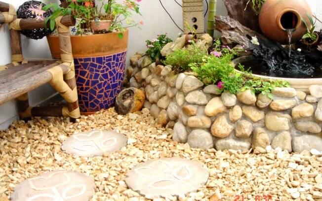 pedra jardim caminho: ambiente, os seixos podem também criar caminhos. Foto: Divulgação