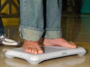 Plataforma do videogame é usada para monitorar o equilíbrio do paciente