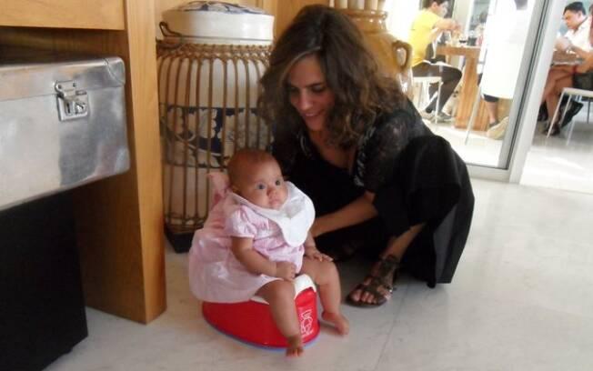 Mariana com a filha, Joana