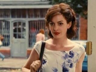 Anne Hathaway caracterizada como Selina Kyle: papel divisor de águas