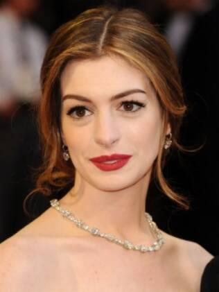Anne Hathaway durante o Oscar 2011