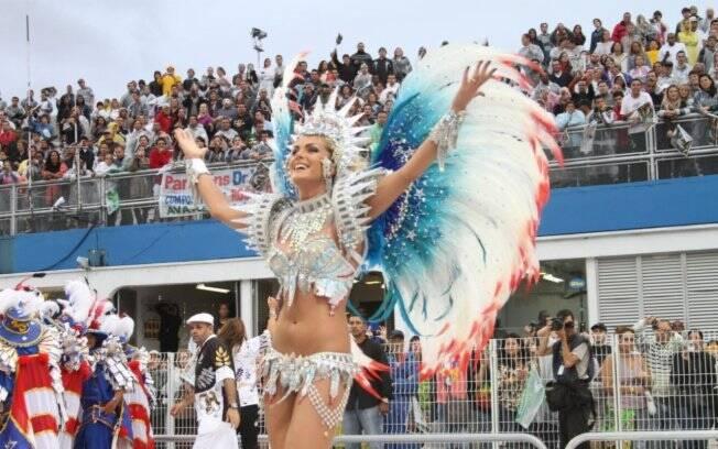 64e1429ba861d Campeã de 2011  Vai-Vai fatura seu 14º título no Carnaval - São Paulo