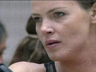 Diana se emociona ao falar de Natália