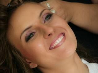 Beatriz Bomfim: casamento no verão pede maquiagem mais duradoura