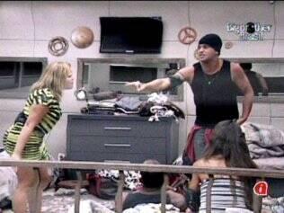 Baixaria no BBB: Diogo e Paulinha protagonizam discussão cheia de gritos e ofensas