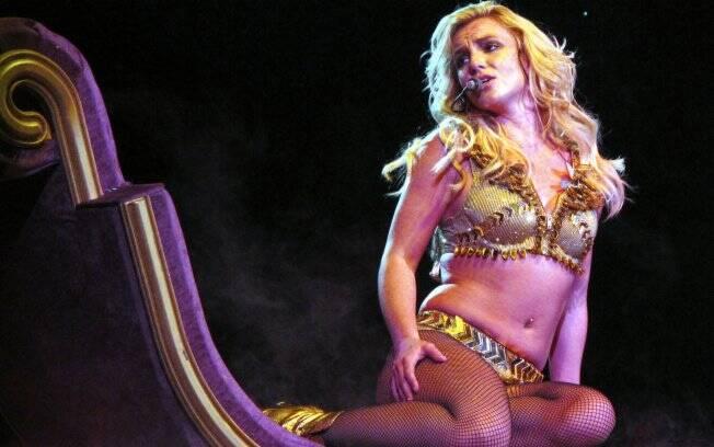 Britney Spears no palco de seu novo show,
