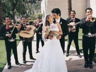 Músicas do casamento e da festa refletem estilo do casal e devem combinar com os noivos