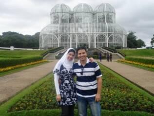 Maryanna Fahmy mudou de religião há sete meses, após cinco anos casada com o marido que já era muçulmano. Antes da conversão, seguia preceitos católicos