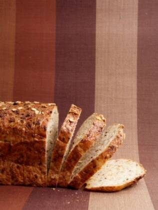 Dietas exclusivas, ou só de carboidratos presentes no pão ou só de proteínas (presentes na carne), não têm comprovação científica, diz a Abeso