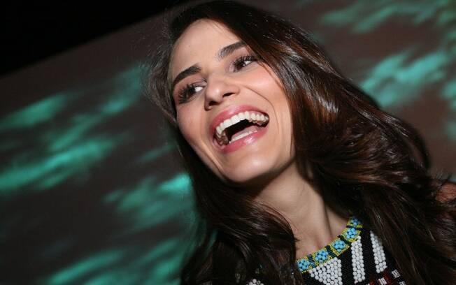 Fernanda Tavares vibra com mais um ensaio sensual da carreira