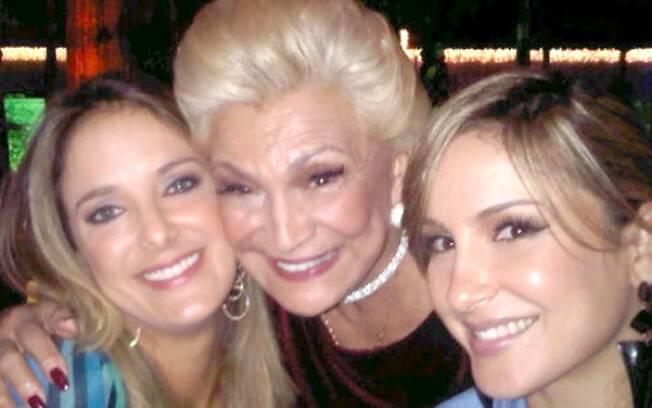 Hebe Camargo com Ticiane Pinheiro e Claudia Leitte.