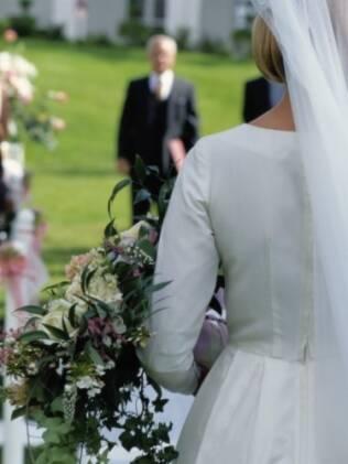 Cortejo perfeito: novos arranjos familiares permitem novas combinações para a noiva entrar e sair da cerimônia