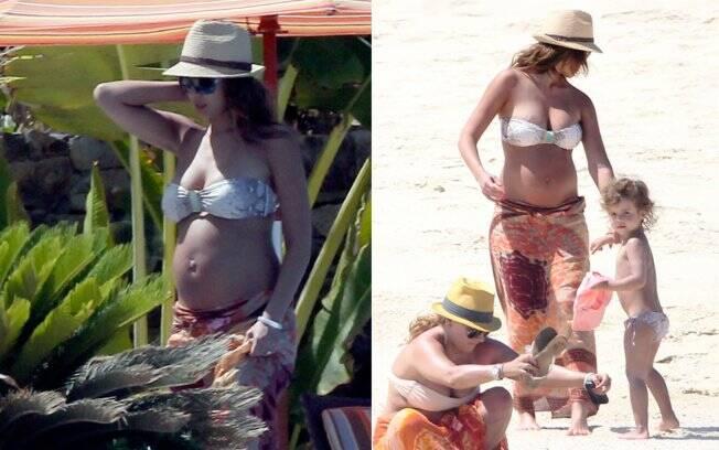 Jessica Alba e a filha Honor no México