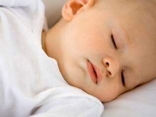 Hábitos saudáveis fazem a criança dormir bem
