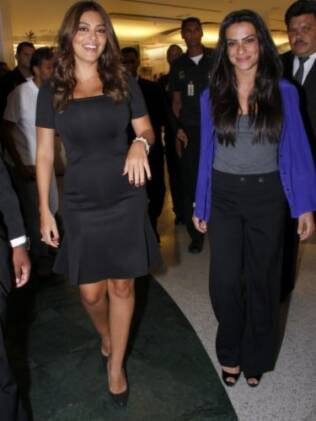 Juliana Paes e Cleo Pires participaram de inauguração de joalheria no Rio