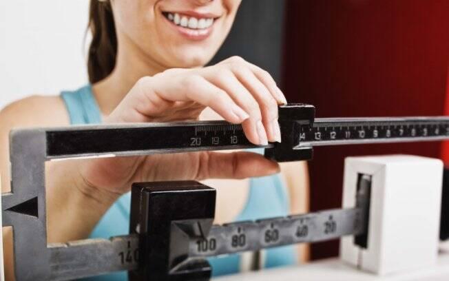 Controle do peso ajuda a evitar problemas com a medicação contra hipotireoidismo