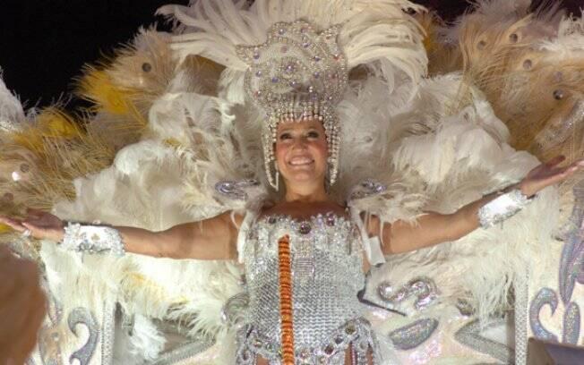 Maria Do Carmo (Susana Vieira) em