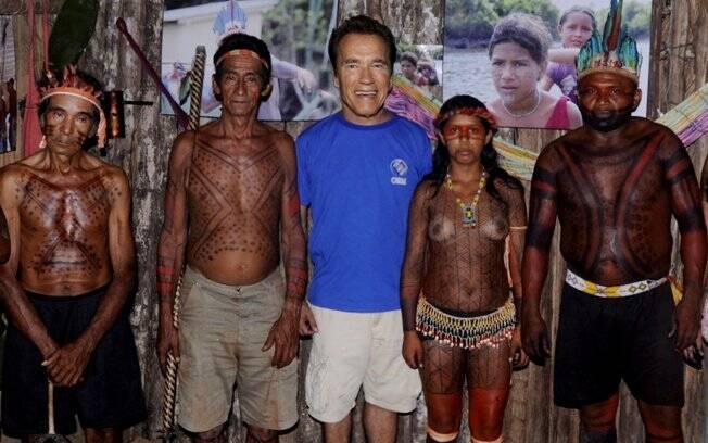 ... seguido de um encontro com tribos indígenas para falar sobre a preservação da cultura nativa