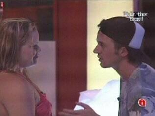 Paula confessa a Igor não ter afinidade com um certo brother, mas não revela nome