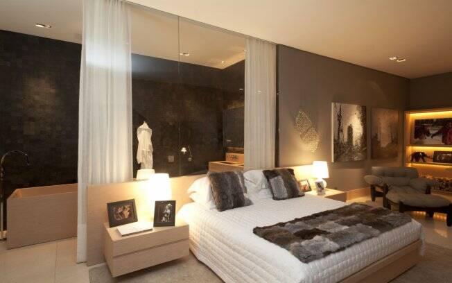 Suíte do empresário Alvaro Garnero projetada pela arquiteta Renata Florenzano