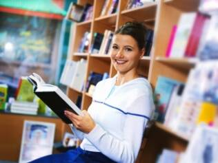 Livros com dicas domésticas, organização e etiqueta invadem as prateleiras
