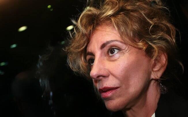 Marília Pêra: loira para viver uma poderosa dona de loja