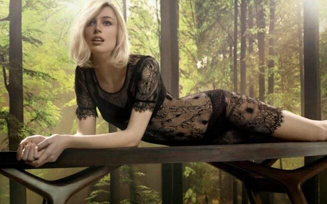 Raquel Zimmermann: nome de peso na moda internacional
