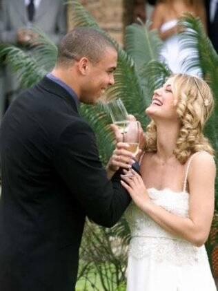 Milene Domingues e Ronaldo ficaram casados de 1999 a 2003