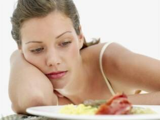 Alergia a alimentos pode causar tristeza e depressão