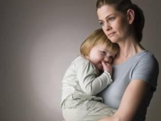 Colo de mãe realmente funciona para diminuir a sensação de dor em crianças, mostrou pesquisa da Unifesp