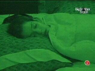 A emparedada Talula dorme no Lado B