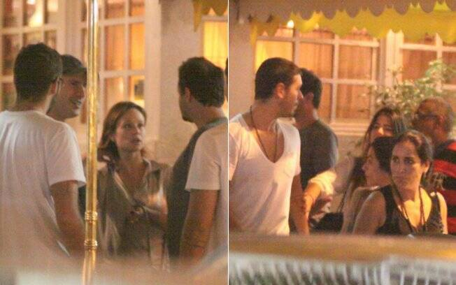 Mariana Ximenes conversa com alguns amigos e Glória Pires deixa o local ao lado do genro