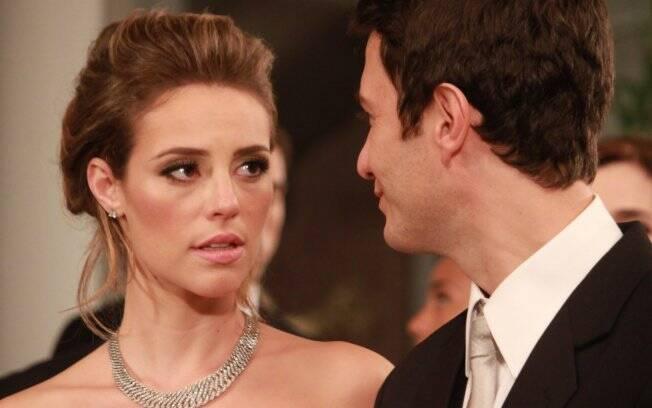 Marina e Leo se casam em