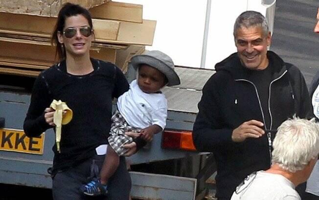 Sandra Bullock e George Clooney no set de