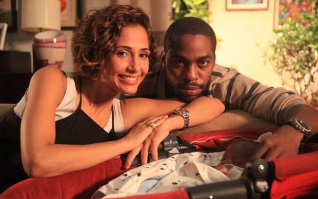 Carol e André vivem em conflito por conta dos antigos relacionamentos
